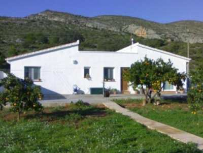 Finca for sale in Teulada