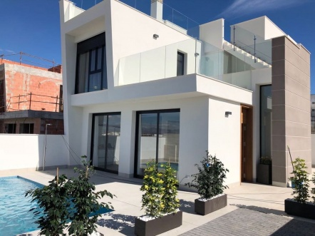Villa for sale in Benijofar
