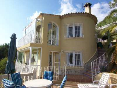 Villa for sale in Alcalali