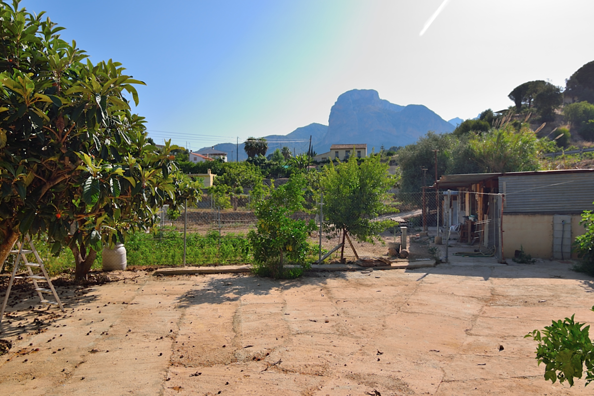 Finca for sale in Polop